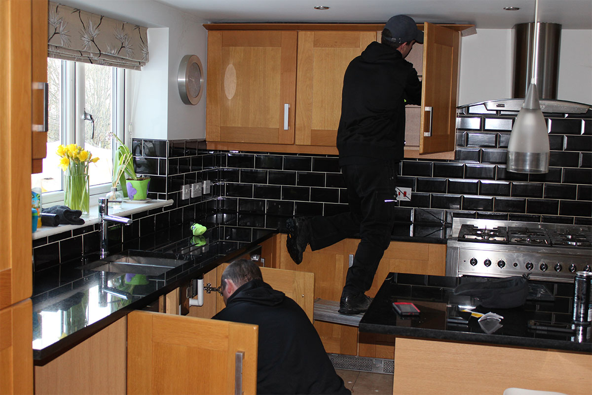 skr kitchen removal men